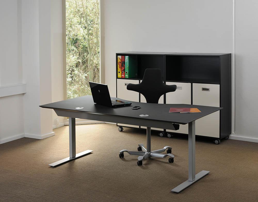 Scrivania tavolo nero telaio alluminio 2 led msp2 2 for Tavolo nero