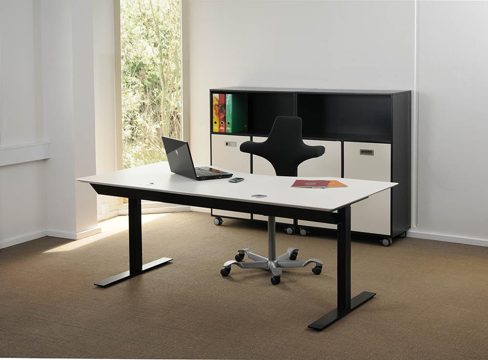 Scrivania tavolo bianco telaio nero 2 led msp2 2 hvidsort for Vendita scrivanie