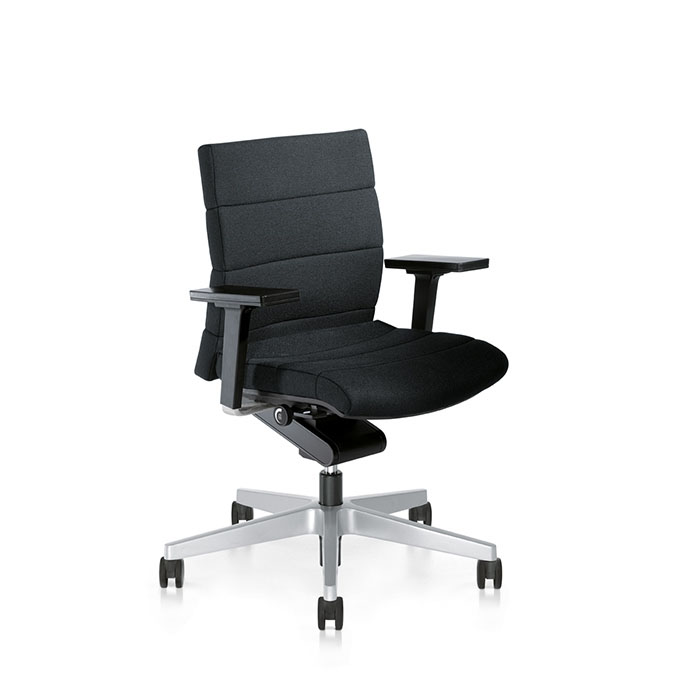 Poltroncina ergonomica interstuhl champ 1c62 1c62 5800 603 for Poltrone morbide