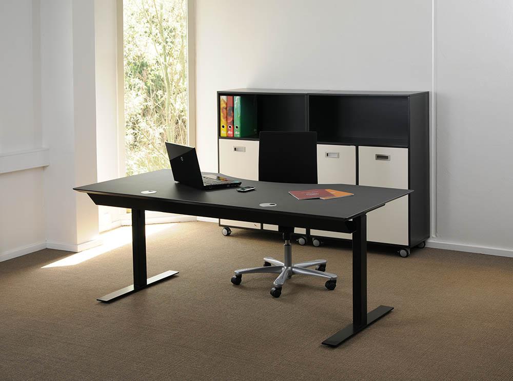 Stunning scrivania elettrica nera kombi sinistra l with for Accessori scrivania design